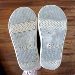 Toms Shoes - Tom's shoes
